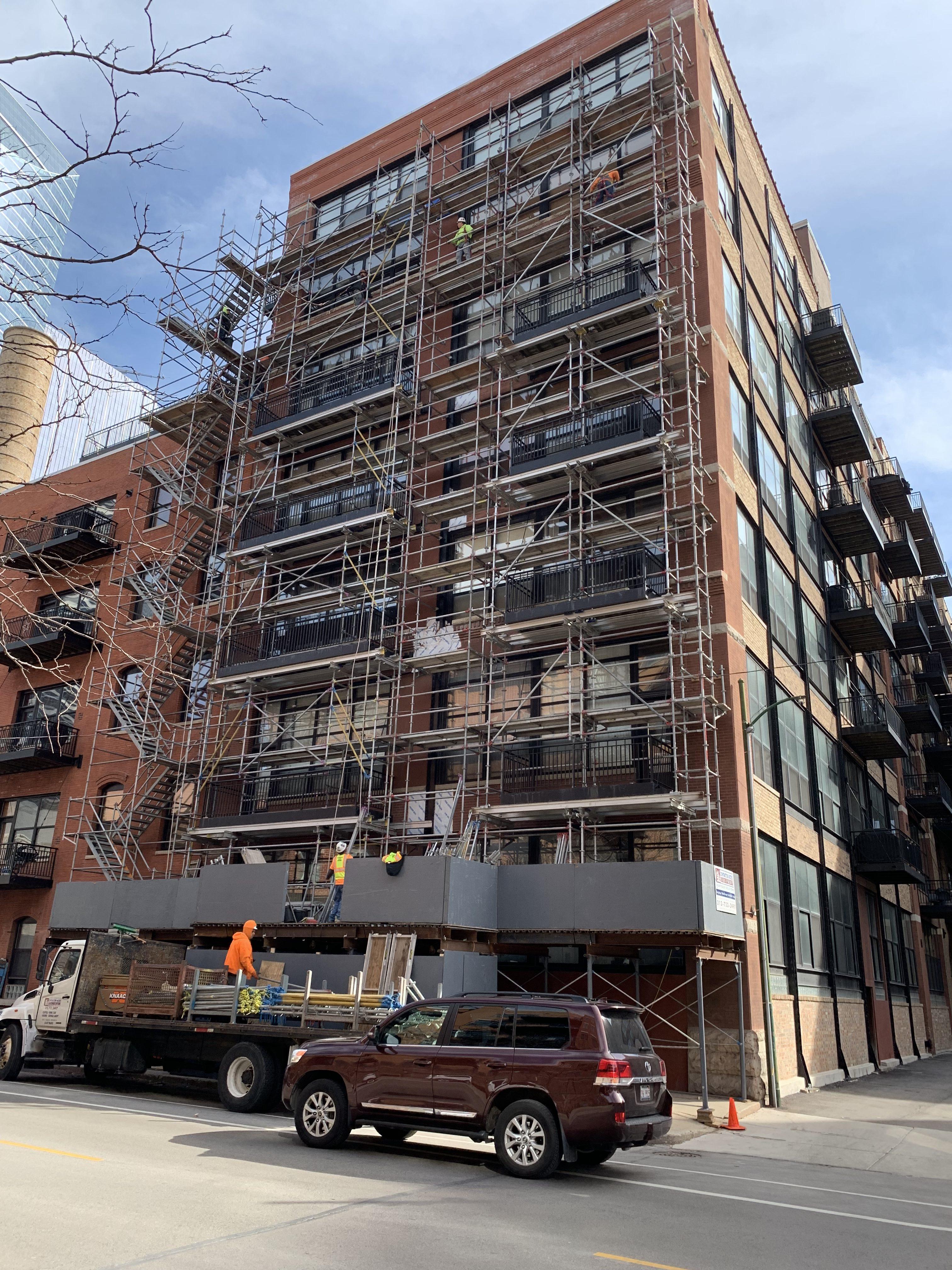 541 W. Fulton – Shoring & Tower scaffold